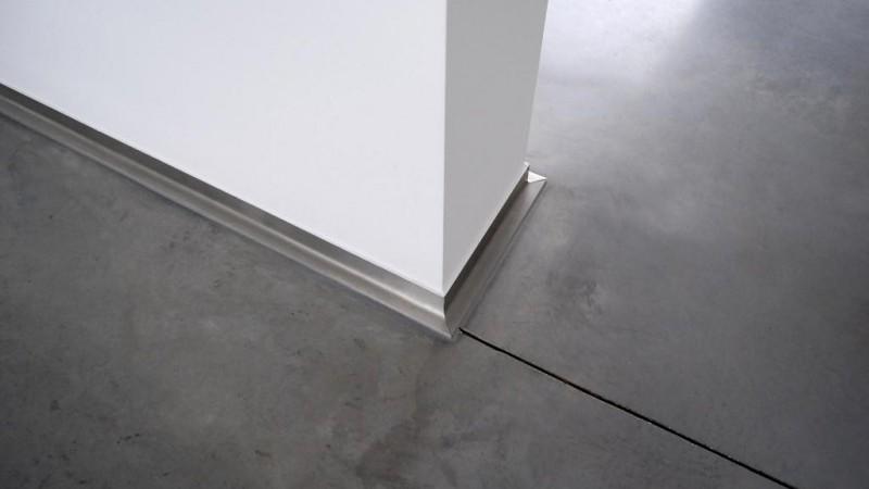 Inox Keuken Plaat : Plint inox plaat met afloop VDC inox