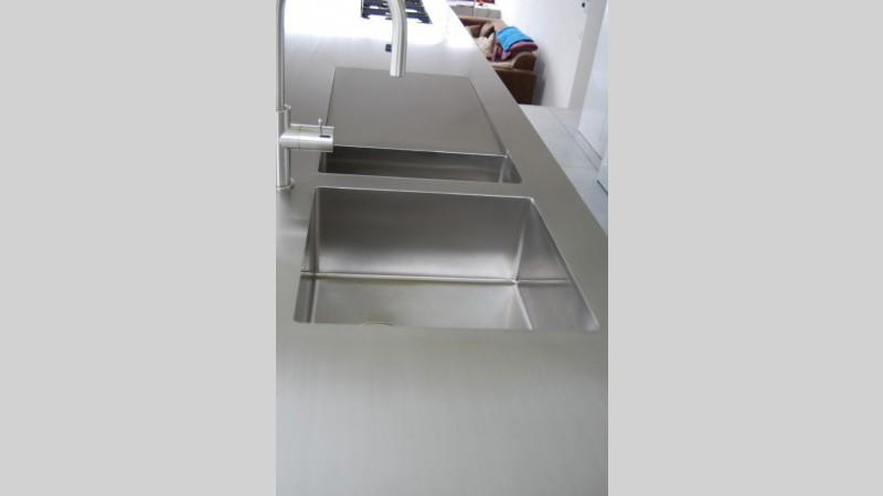 Inox Keuken Plaat : Keukenblad inox plaat spoelbak afloop ingebouwde kookplaat VDC inox