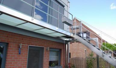 Bordes loopvloeren en balkons for Buitentrap met bordes